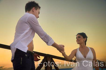 Iván Calás presta servicio en la subcategoría de Fotógrafos de bodas en Toledo