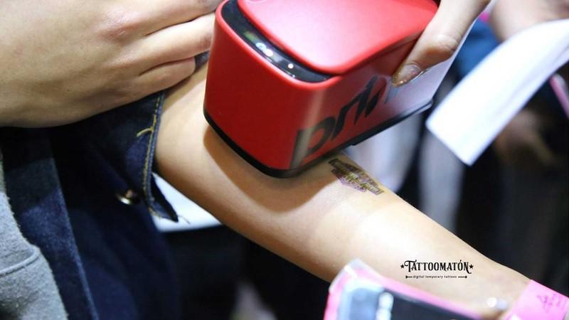 Tattomatón (tatuajes temporarios digitales)
