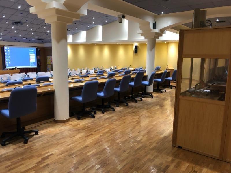 Simultánea en cabina para seminario de empresa