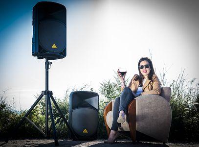 lloguing.com presta servicio en la subcategoría de Equipos de sonido en Barcelona