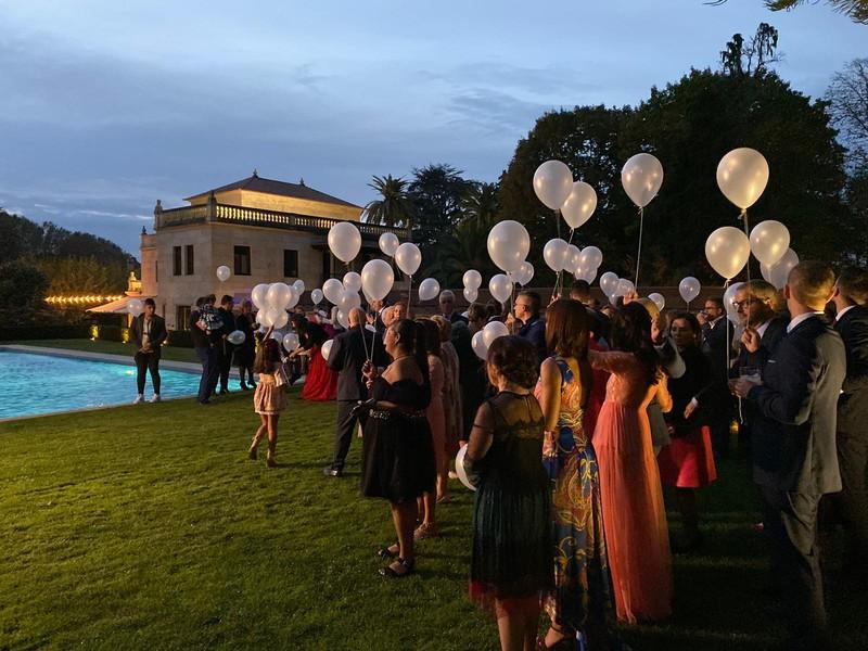 Suelta globos ecologicos bodas pontevedra