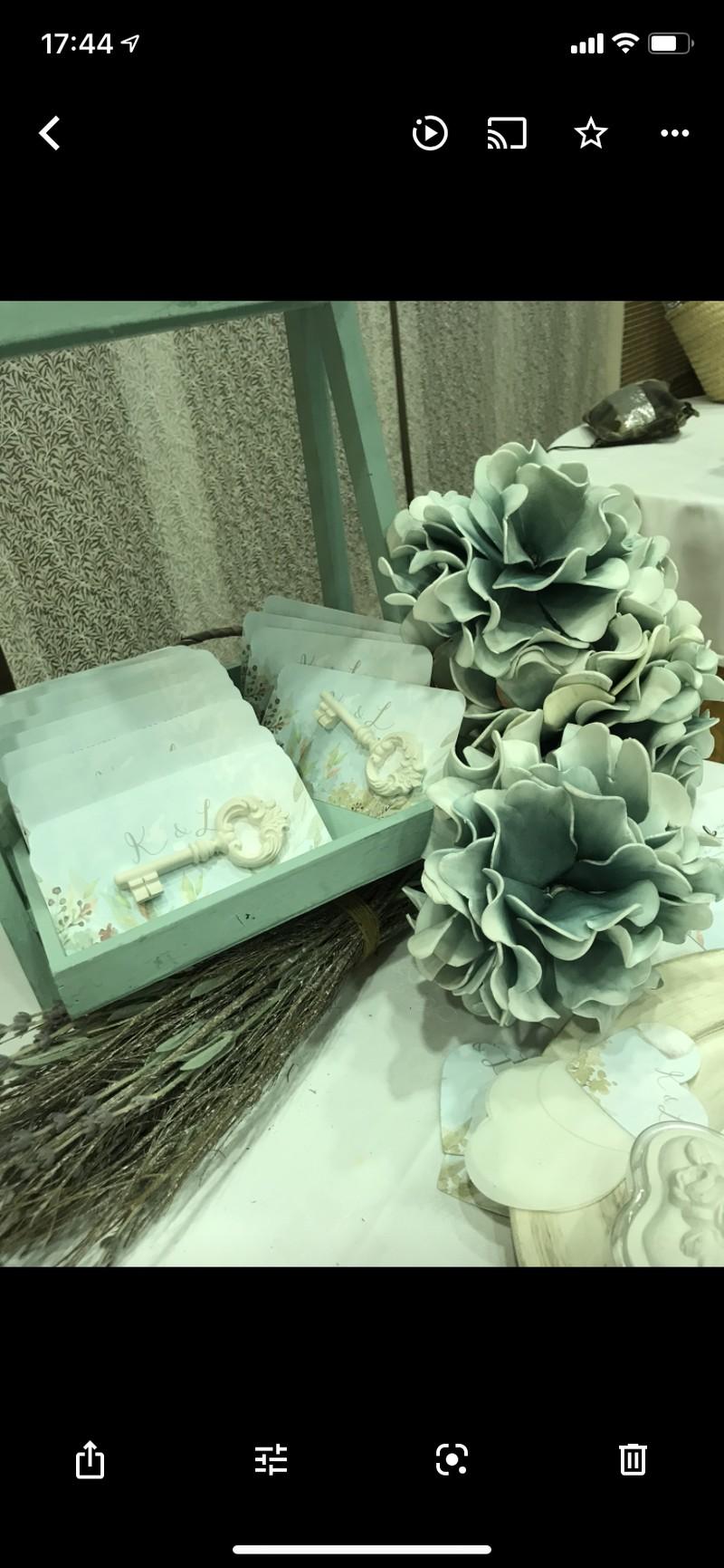 Ceramica perfumada . ideal para regalar a tus invitados!!!