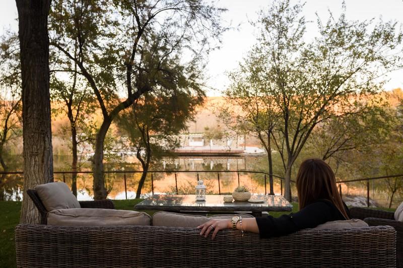 Vista al lago desde el Jardín de Acebos