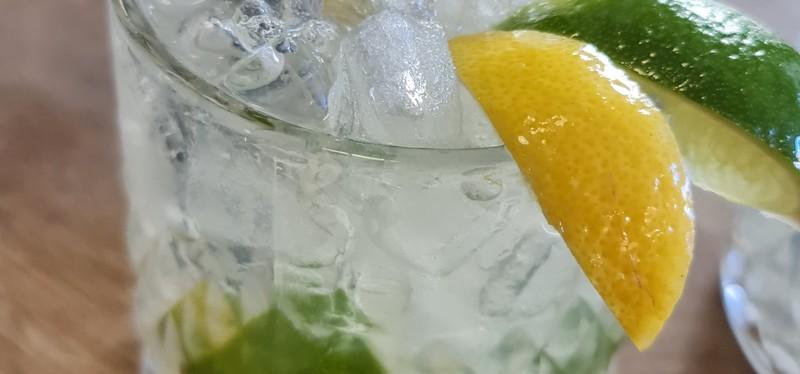Cocktails c?ásicos