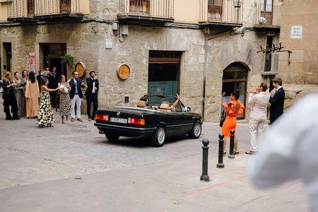 Dos Anillos presta servicio en la subcategoría de Fotógrafos de bodas en Barcelona