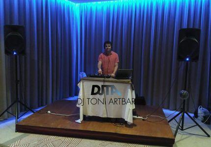 DJ Toni Artbar presta servicio en la subcategoría de Djs en Islas Baleares