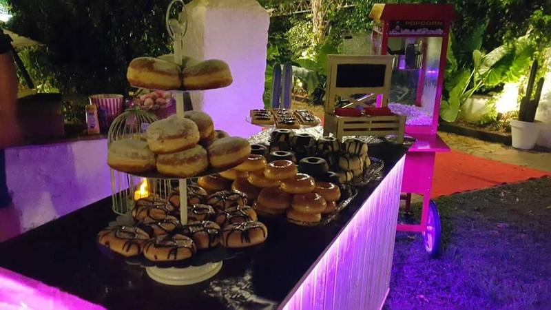 Bufet de donuts