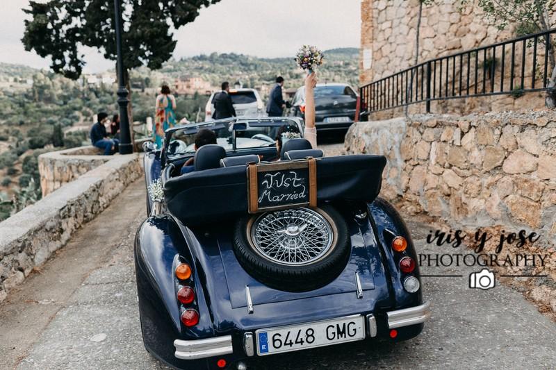 Boda Toledo coche antiguo