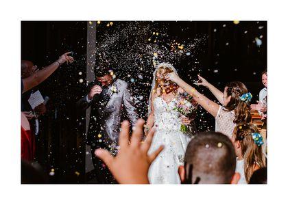 Ezequiel Fotografía presta servicio en la subcategoría de Fotógrafos de bodas en Sevilla