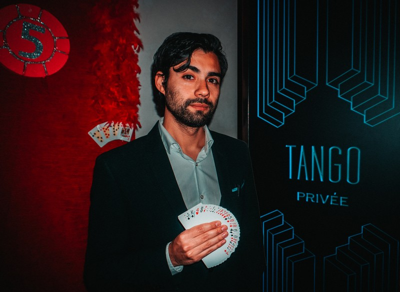 Magia en Restaurantes - Tango Puerto Banús