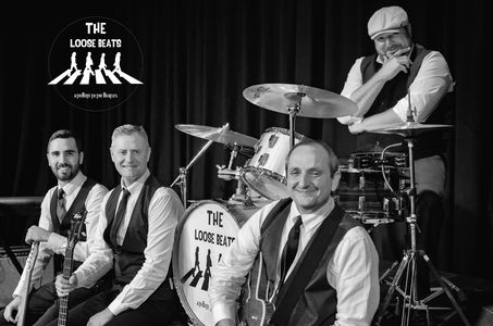 The Loose Beats presta servicio en la subcategoría de Orquestas, cantantes y grupos en Murcia
