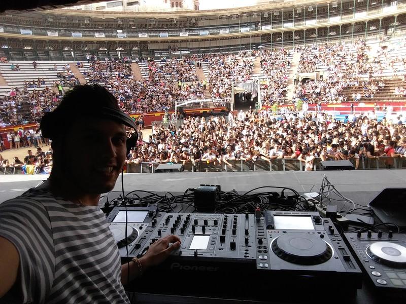 Pablo Escudero at LatinFest Vlc w/ Daddy Yankee