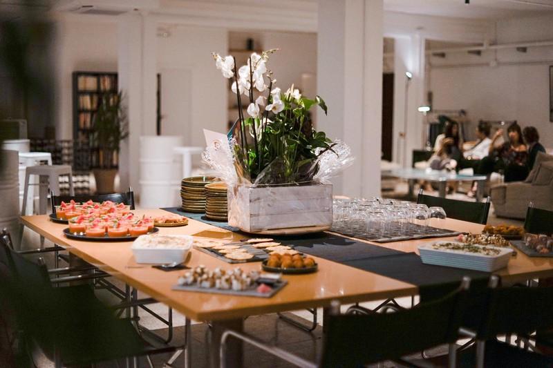 Catering en Espacio Sofá Loft eventos Barcelona