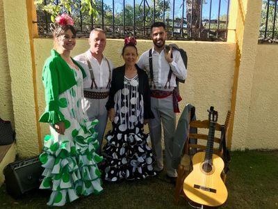 Coro Rociero Manzanilla presta servicio en la subcategoría de Flamenco y Coros Rocieros en Madrid