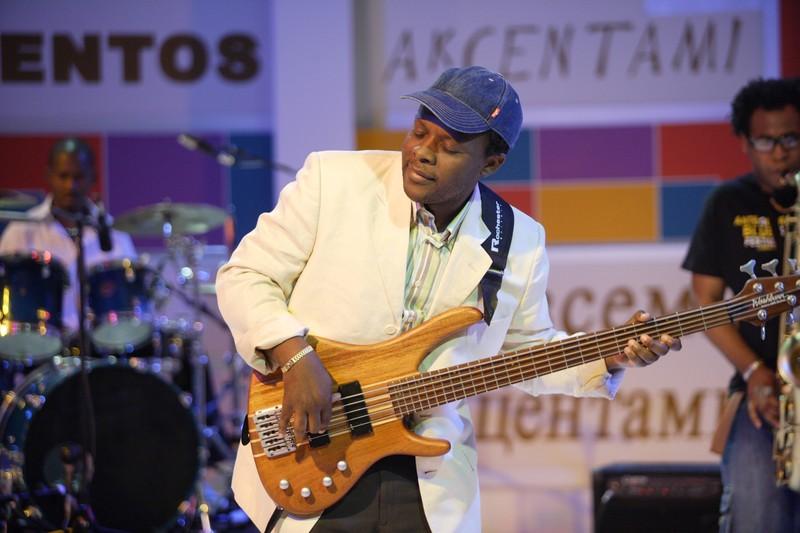 Jazz con Apolo Bass