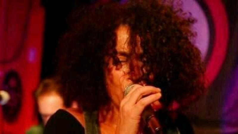 Bhanda en Revolution rock café