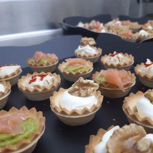 Vol + bol presta servicio en la subcategoría de Catering en Barcelona