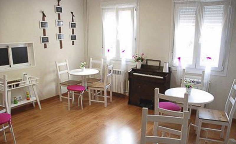 Cafetería para mamás y papás en La Casita