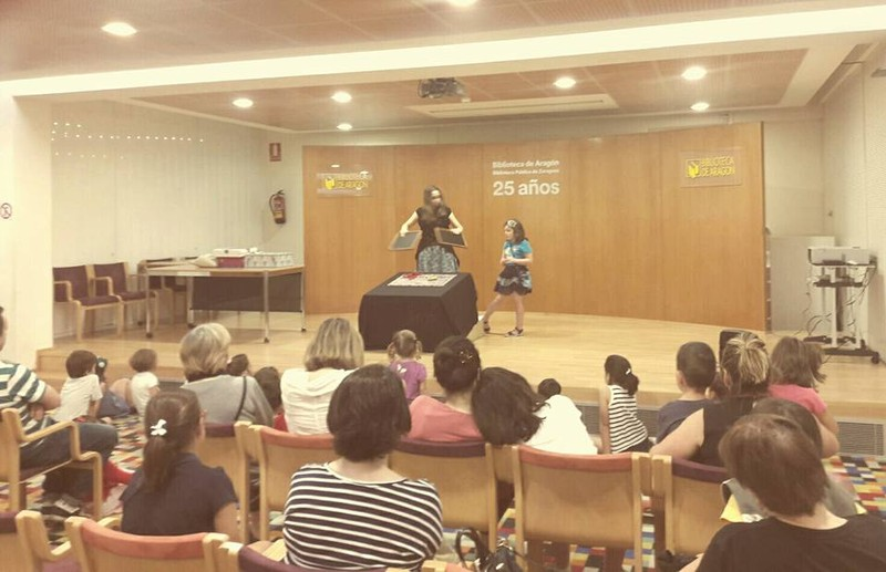 Magia en la biblioteca de Zaragoza