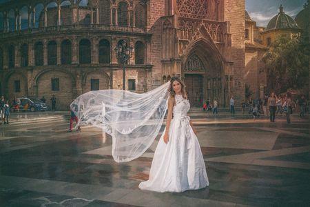 Fotoexpo presta servicio en la subcategoría de Fotógrafos de bodas en Valencia