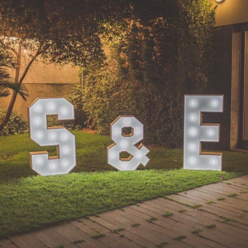 letras luces bodas huelva
