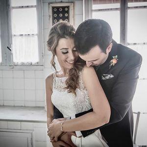 Roteda y Balegno Fotógrafos presta servicio en la subcategoría de Fotógrafos de bodas en Alicante