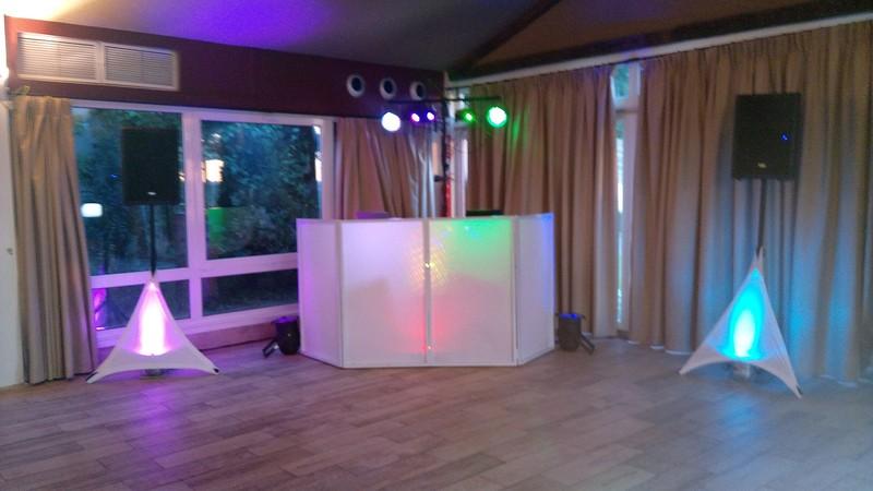 Cabina DJ Premiun retroiluminada