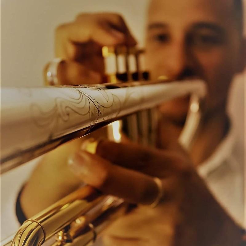 Espectacular el sonido de la trompeta