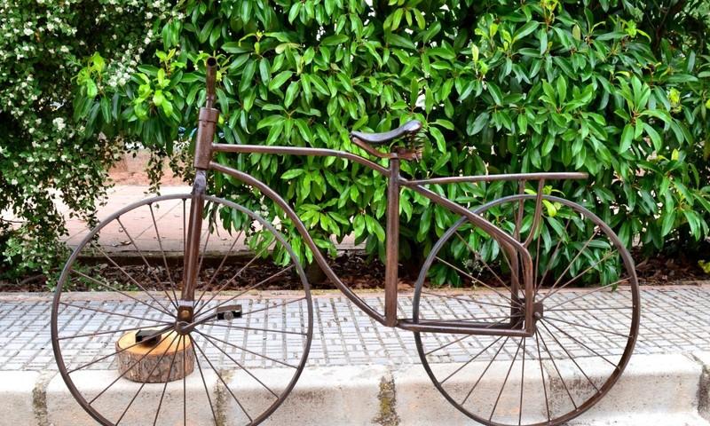 Alquiler velocípedo antiguo