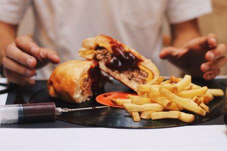 Samana Burguers presta servicio en la subcategoría de Restaurantes para comidas y cenas de empresa en Valencia