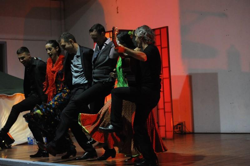 Quinteto flamenco cante, toque, 3 bailaores