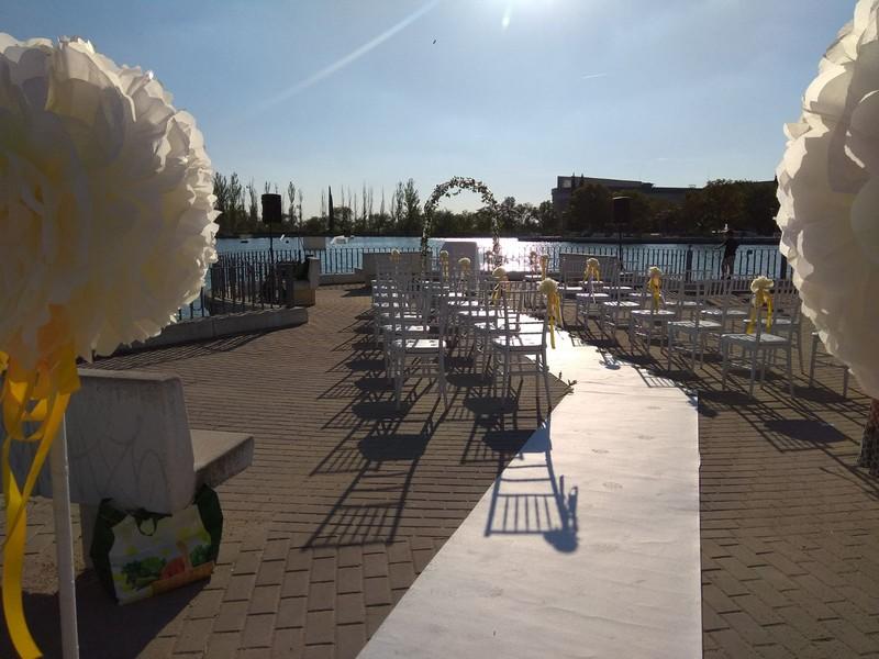 Equipo sencillo ceremonia boda
