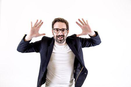 Víctor Grande presta servicio en la subcategoría de Monologuistas, cómicos y humoristas  en A Coruña