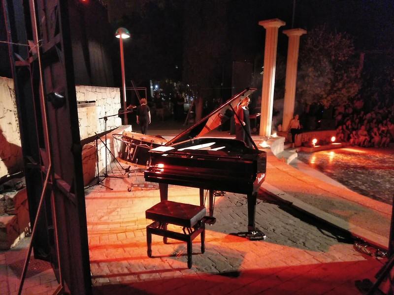 soporte piano cola conciertos y eventos