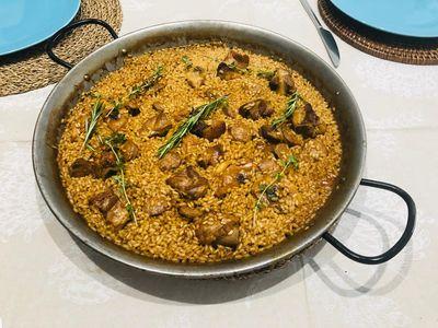 Paellas Baco presta servicio en la subcategoría de Catering en Barcelona