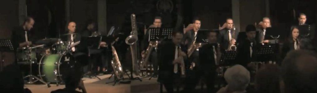 Oscar Avila presta servicio en la subcategoría de Grupos de Jazz en Toledo
