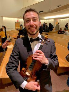 Ignacio Cornejo Violínista y Cantante lírico presta servicio en la subcategoría de Música clásica, Ópera y Coros en Madrid