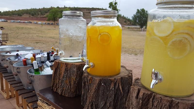 Buffet de limonadas y cervezas